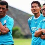 Kabar Arema FC Terbaru: Coach Aji Santoso Instruksikan Tetap Bermain Keras Lawan Persib Bandung!