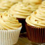 Cara Membuat Butter Cream Coklat yang Lembut Banget