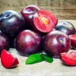 Manfaat Buah Plum Kering untuk Diet Paling Ampuh