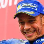 Berita Jelang motoGP 2018: Tandatangani Kontrak, Rossi Resmi Bersama Yamaha Hingga 2020